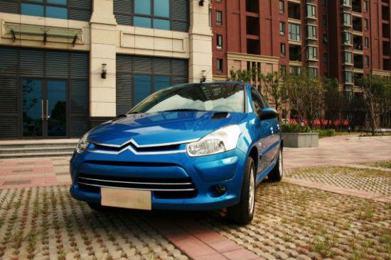 爱丽舍cng双燃料车就由于经济性高又安全可靠