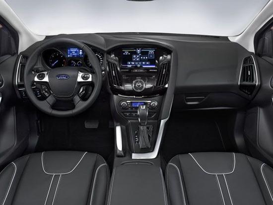 而运动版的新福克斯车型将配置17寸五幅珊瑚风格轮毂
