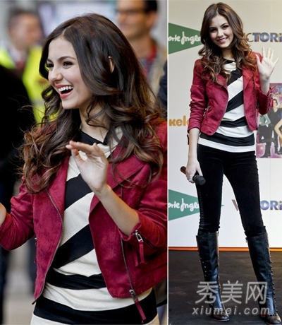 玫红短款夹克外套搭配黑白条纹衫
