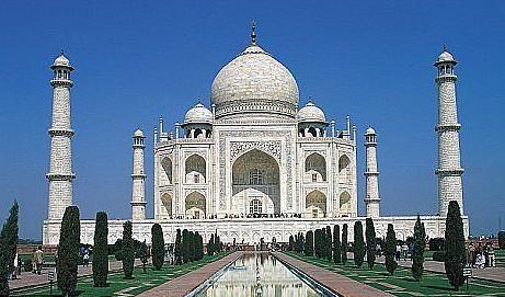 泰姬陵   泰姬陵:印度阿格拉的TheOberoiAmarvilas酒店