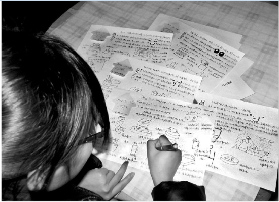 男友北漂半年 女孩画200多张简笔画日记等他回来