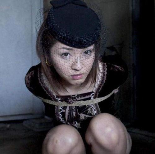 东洋异样文化 揭秘日本女性为何自愿受虐(组图