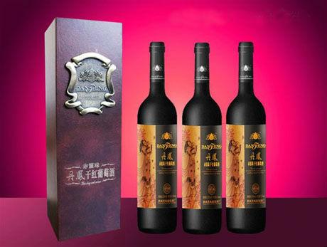古韵红酒创意素材