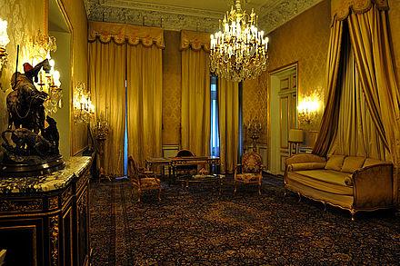 皇宫也曾是1943年发表著名《德黑兰宣言》的地方,因而也为这座宫殿图片