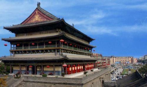 西安鼓楼是我国现存明代建筑中仅次于故宫太和殿