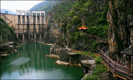 汉中石门国家水利风景区位于汉中市北