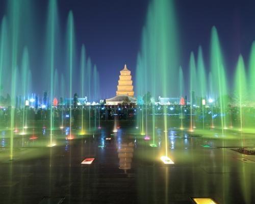 世界十大奇特喷泉 西安大雁塔音乐喷泉入选
