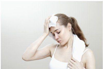 女性保健常识:女人六个部位出汗最危险