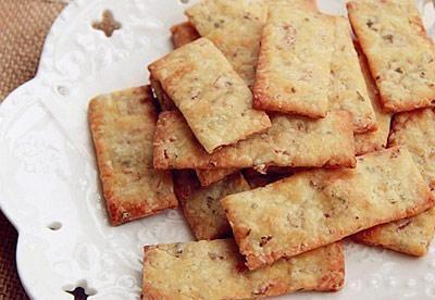 奶酪培根饼干条
