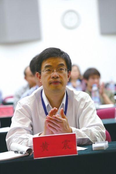 中央财经大学法学院教授、金融法研究所所长、硕士生导师黄震