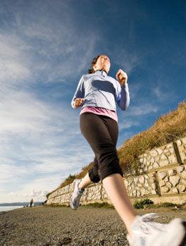 健康新知:女性经期前一周跑步膝盖易受伤