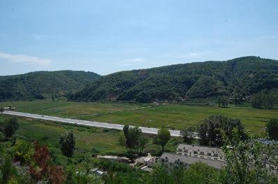 南泥湾精神是延安精神的重要组成部分,也是中国农垦事业的发源地.