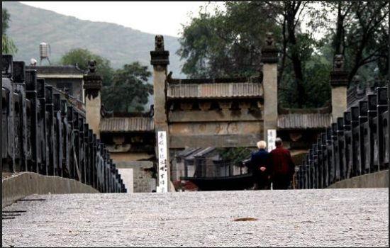 活动地点:西安-商洛丹凤县一日试驾体验游   棣花古镇是 贾平凹小说
