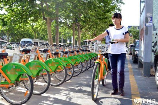 政府:公共自行车缓解交通拥堵,倡导绿色出行理念   众所周知,随着
