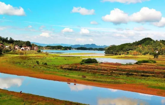 红寺湖景区
