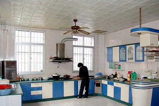 新农村家庭厨房