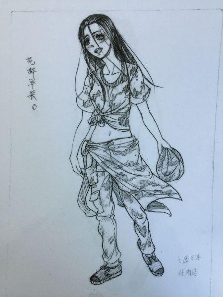 """西京学院美术学专业新生手绘""""花样军装"""""""