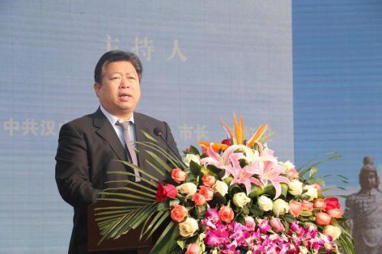 国际学生感知汉文化基地项目正式启动市委副书记、市长方红卫主持仪式