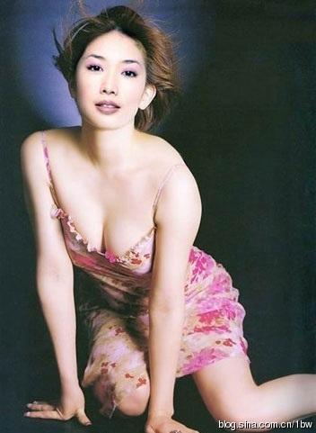 林志玲豪乳一百万 盘点女星天价身体部位保单