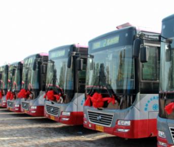 砥砺奋进的五年 优先发展公交方便市民出行