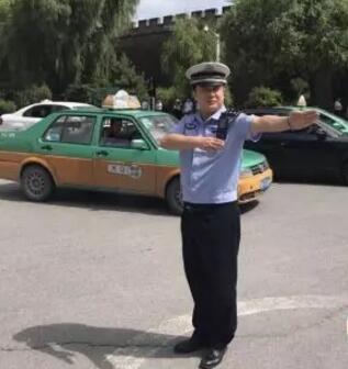 交通警察师愉峰:城区道路更畅通有序了