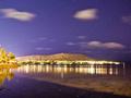 光影交织的海岛世界