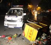 警车撞倒清洁工司机逃逸