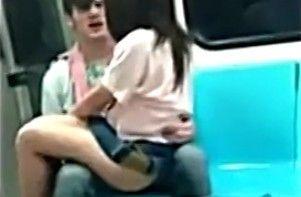 地铁又现活春宫