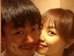 王宝强为爱妻庆生 贴脸合照显恩爱