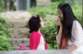徐铮4岁女儿曝光 陶虹携爱女游大理