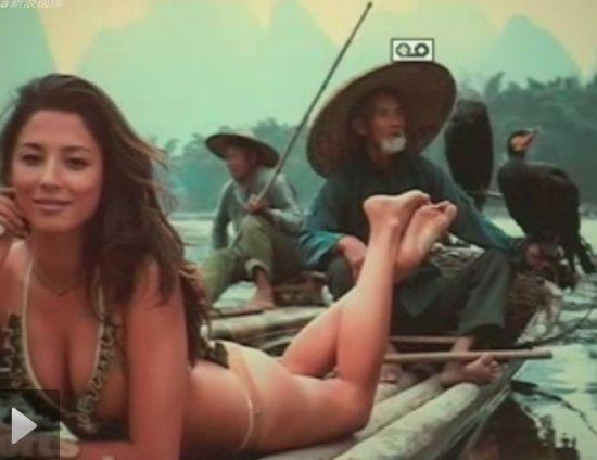 欧美超模在广西桂林脱衣拍泳装照引争议