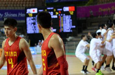 先领先15分被逆转  男篮首次输日本