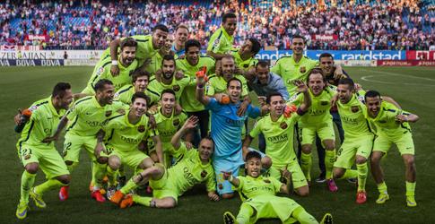 梅西绝杀巴萨夺冠 时隔一年再染联赛冠军