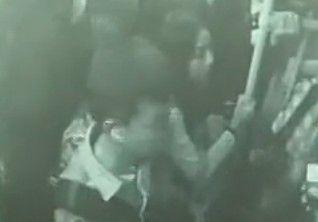 女乘客公交上遭猥亵 司机乘客共擒色狼