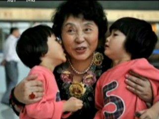 六旬失独老人产下双胞胎 称若不生就死