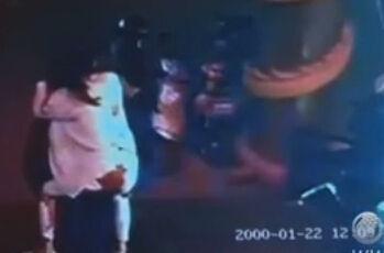 女子提分手遭男友连刺10刀 白衣服染成红色